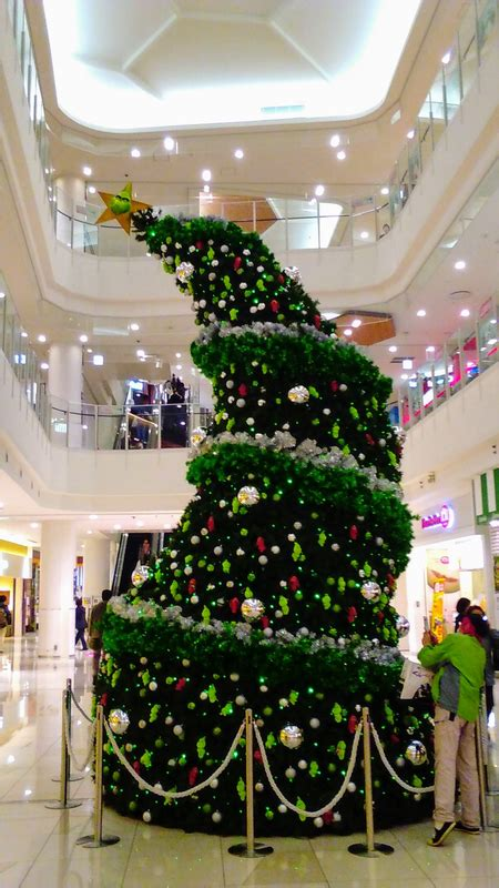 grinch christmas tree   scrooge  japans shopping malls city cost