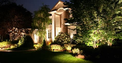 7 steps of how to install landscape lighting hirerush
