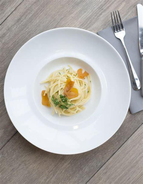 cuisine de a à z recettes linguine à la poutargue et persil pour 2 personnes