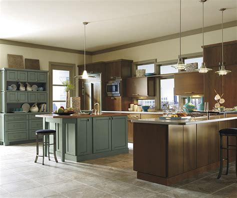 thomasville kitchen islands thomasville blythe maple clove 2731
