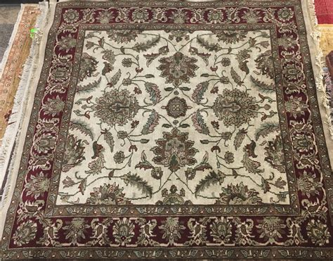 Discount Rugs by Discount Area Rugs And Runners 70 Retail Prices