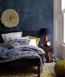 Grau Blau Wandfarbe : die wundersch ne und effektvolle wandfarbe petrol ~ Indierocktalk.com Haus und Dekorationen