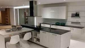 Plan De Travail De Cuisine : awesome cuisine noir plan de travail bois blanc images ~ Edinachiropracticcenter.com Idées de Décoration