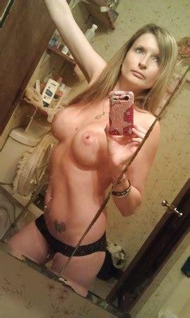Selfie Amateur MILFs And Mature Pics XHamster