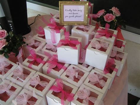 for baby shower baby shower favors for a girl 38