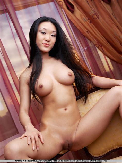 Galeries Met Art Cette Magnifique Poup E Chinoise Caress