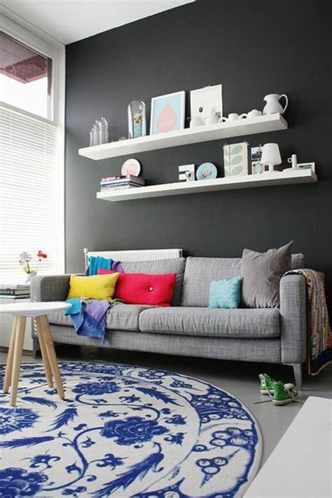 quel tapis avec canapé gris quelle couleur pour un salon 80 id 233 es en photos