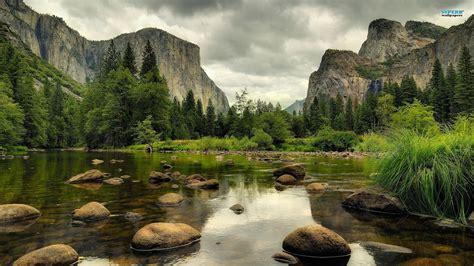 Yosemite Falls Wallpaper Stmed