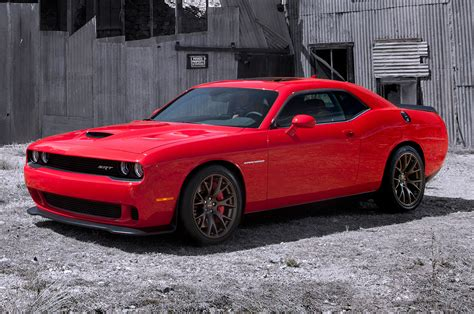 hellcat challenger 2015 dodge challenger srt first look photo gallery motor