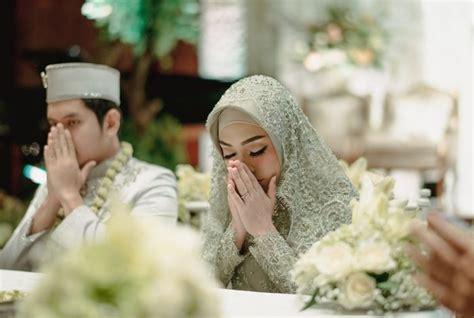 Sebagian orang mengira alat musik itu haram karena klaim sebagian kalangan saja. 8+ Rukun Nikah dan Syarat Nikah Dalam Islam (Wajib Diketahui)