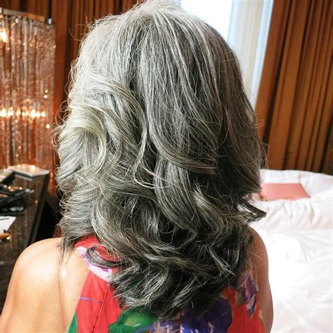 Hairstyles For With Gray Hair by 60 Gorgeous Hairstyles For Gray Hair