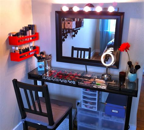 black makeup vanity table with lighted mirror black makeup vanity table with lighted mirror on atop and