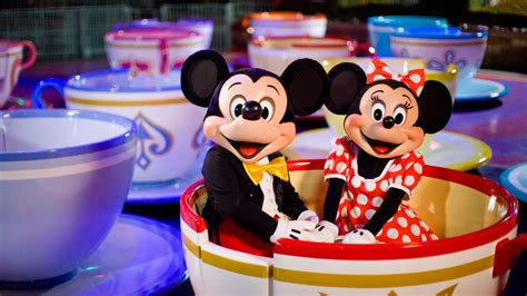 disneyland vacation packages