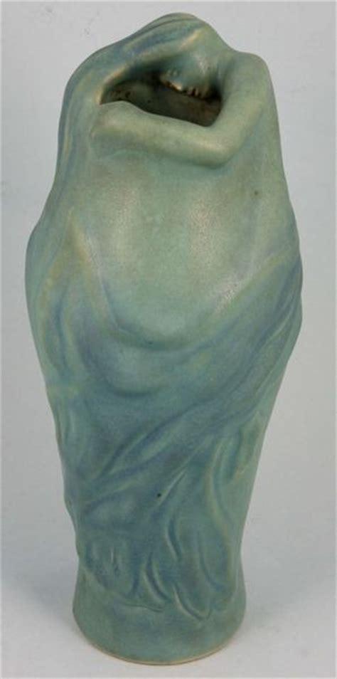 8123 van briggle quot lorelei quot pottery vase lot 8123
