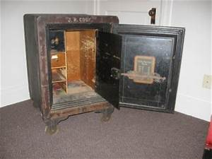 The Last Of Us Safe Kombination : antique late 1800 39 s victor floor safe w combination ebay ~ Buech-reservation.com Haus und Dekorationen