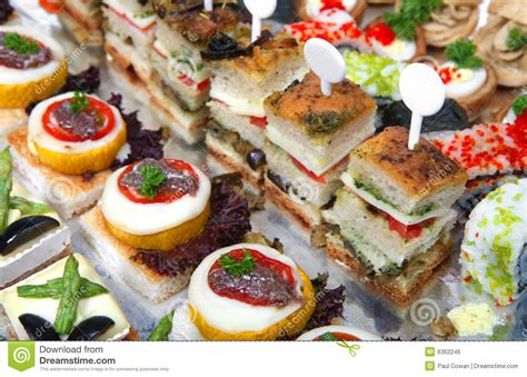 m and s canapes bandeja de canapes assorted imagem de stock royalty free