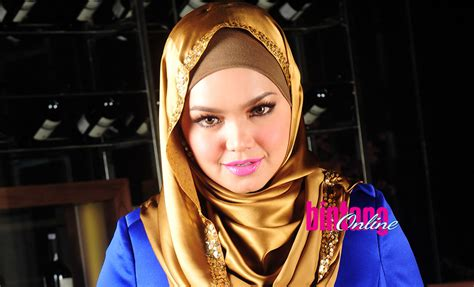 Hamil Muda 20 Minggu Siti Nurhaliza Hamil Setelah 11 Tahun Menikah
