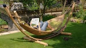 Hamac Suspendu Sur Pied : mobilier en bambou hamac grand luxe en bambou naturel avec coussins lit meuble d co ~ Teatrodelosmanantiales.com Idées de Décoration
