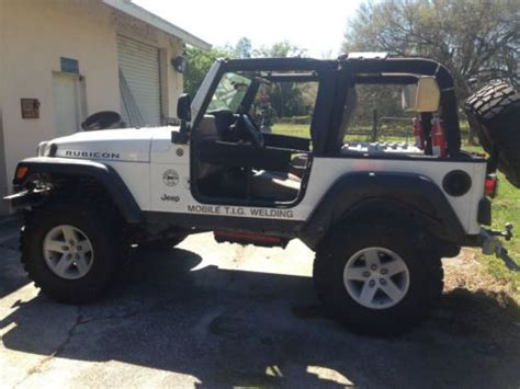 sell   jeep rubicon lifted  fully customized