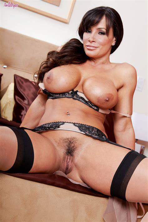 lisa ann big milf tits sexy models