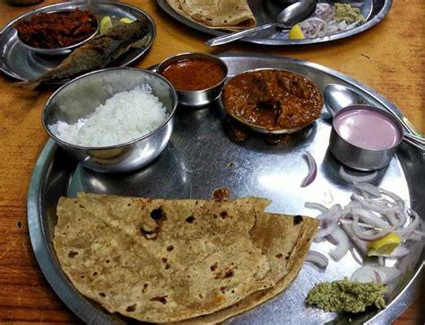 mumbai food trail bootsnall travel articles