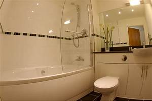 Fitted bathroom gallery essex bathroom fittersessex for Pictures of fitted bathrooms