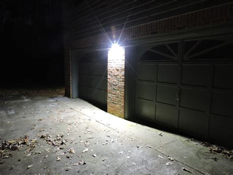 Best Dusk To Dawn Flood Lights For Your Outdoor Led Flood