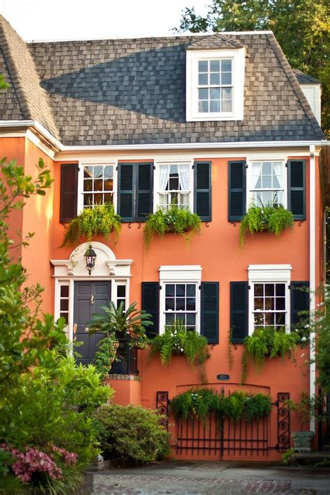 10 bold colors to paint your home s exterior exterior