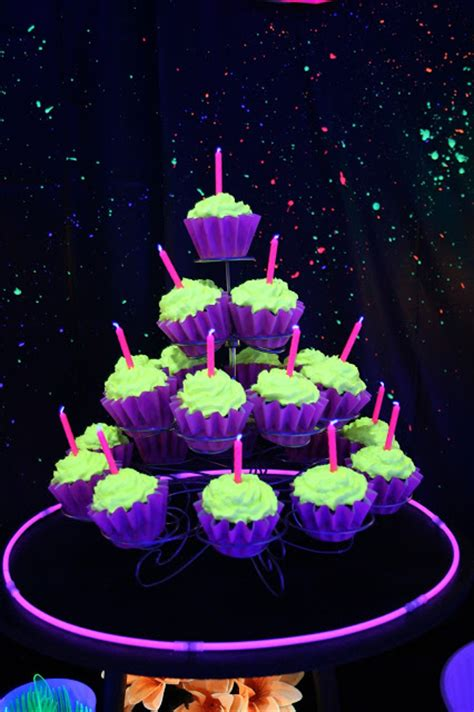 black light glow party party themes neon party glow in the dark party ideas
