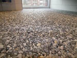Bodenbelag Für Dusche : steinteppich badezimmer raum und m beldesign inspiration ~ Sanjose-hotels-ca.com Haus und Dekorationen