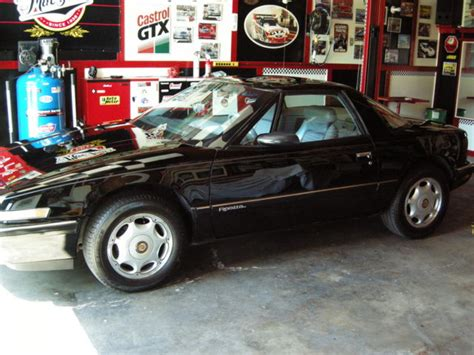 buick two seater sports car 1991 buick reatta sport coupe beautiful 2nd owner