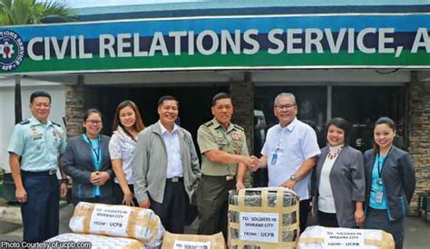 Ucpb Group Donates Shirts, Underwear To Marawi Soldiers