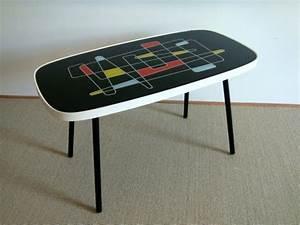 Table Basse Vintage : table basse compas vintage muros design et vintage en bourgogne ~ Teatrodelosmanantiales.com Idées de Décoration