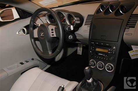 cars pictures information nissan