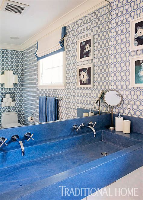 Blue And White Bathroom Ideas by Decorating Ideas For Blue And White Bathrooms