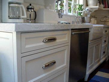 restoration hardware kitchen cabinets restoration hardware they are the gilmore cabinet pull in 4793