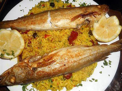 cuisiner une dorade a la poele recette de merlan au riz