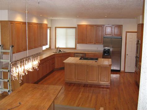 kitchen paint with oak cabinets ideas railing stairs and