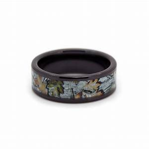 Snow camo wedding ring black rings black ceramic white for Camoflauge wedding rings