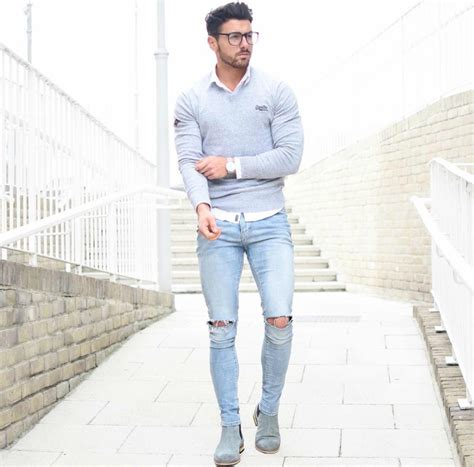 Distress Jeans Ways to wear them - Fashion Ki Batain