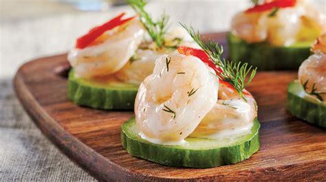 canapé recette canapés de concombre aux crevettes recettes iga