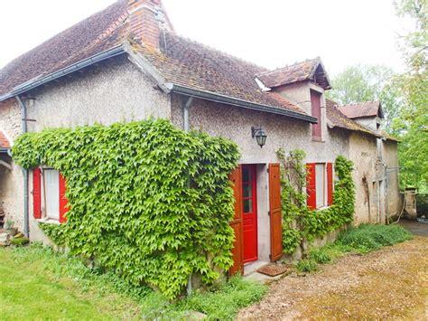 chambre d hote indre maison à vendre en centre indre luzeret propriété du