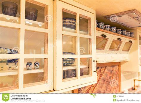 cuisine rustique repeinte cuisine rustique repeinte relooking duune cuisine rustique patine esprit indus relooking with