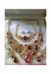 parure plaque or mariage strass rose fushia au royaume With parure mariage strass