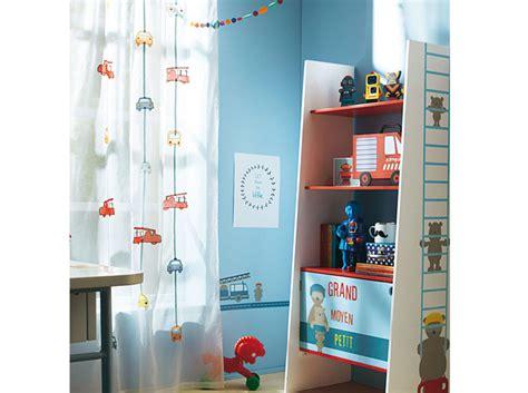 voilage chambre garcon quel rideau pour une chambre d enfant décoration