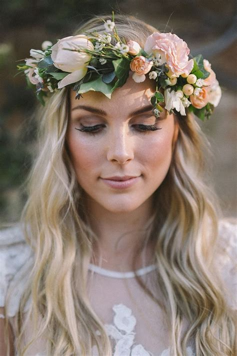Best 25 Flower Crown Hairstyle Ideas On Pinterest