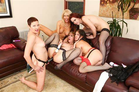 Nina Hartley Threeway With Junior Erica