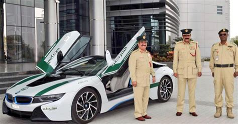 bmw  joins  dubai police fleet