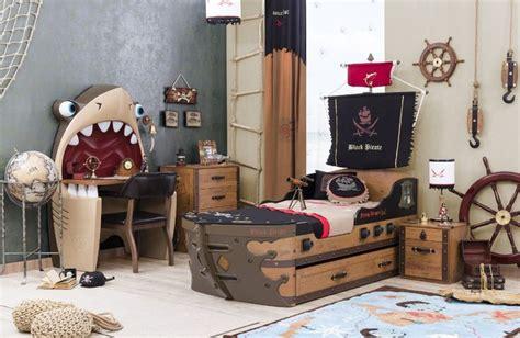 d oration chambre pirate chambre à coucher enfant black pirate complète par çilek