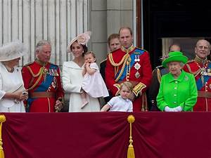 Fresh calls for monarchy to be dissolved after taxpayer ...